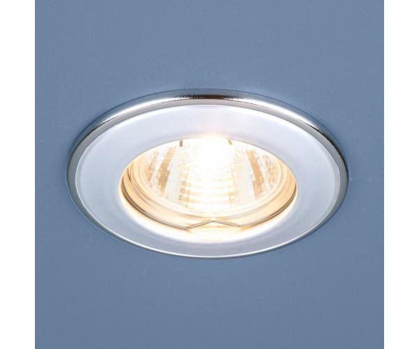 Светильник точечный 7002  белый/серебро
